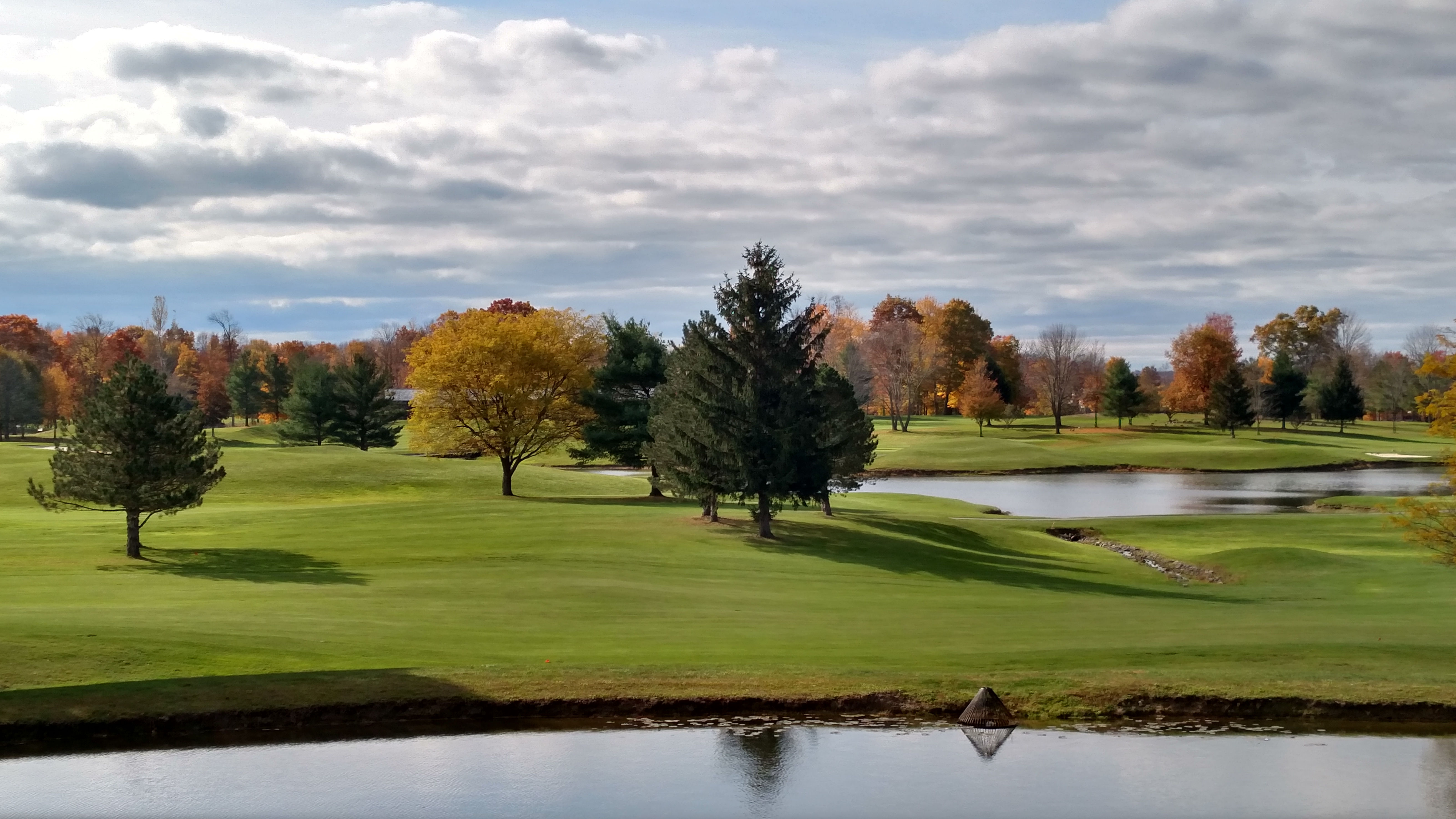 Fall colors overlooking the 10th at Weymouth.
